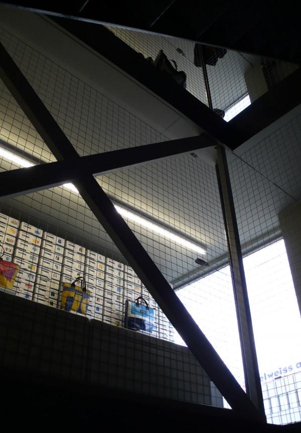 FREITAG Flagship Store_Zurich Switherland (2)